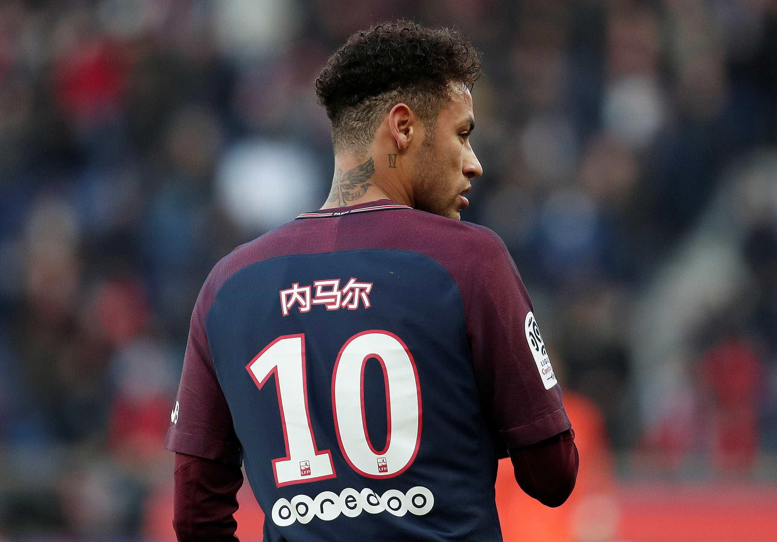 Jornal: PSG vive incerteza com Neymar, mas 'fará de tudo' para mantê-lo