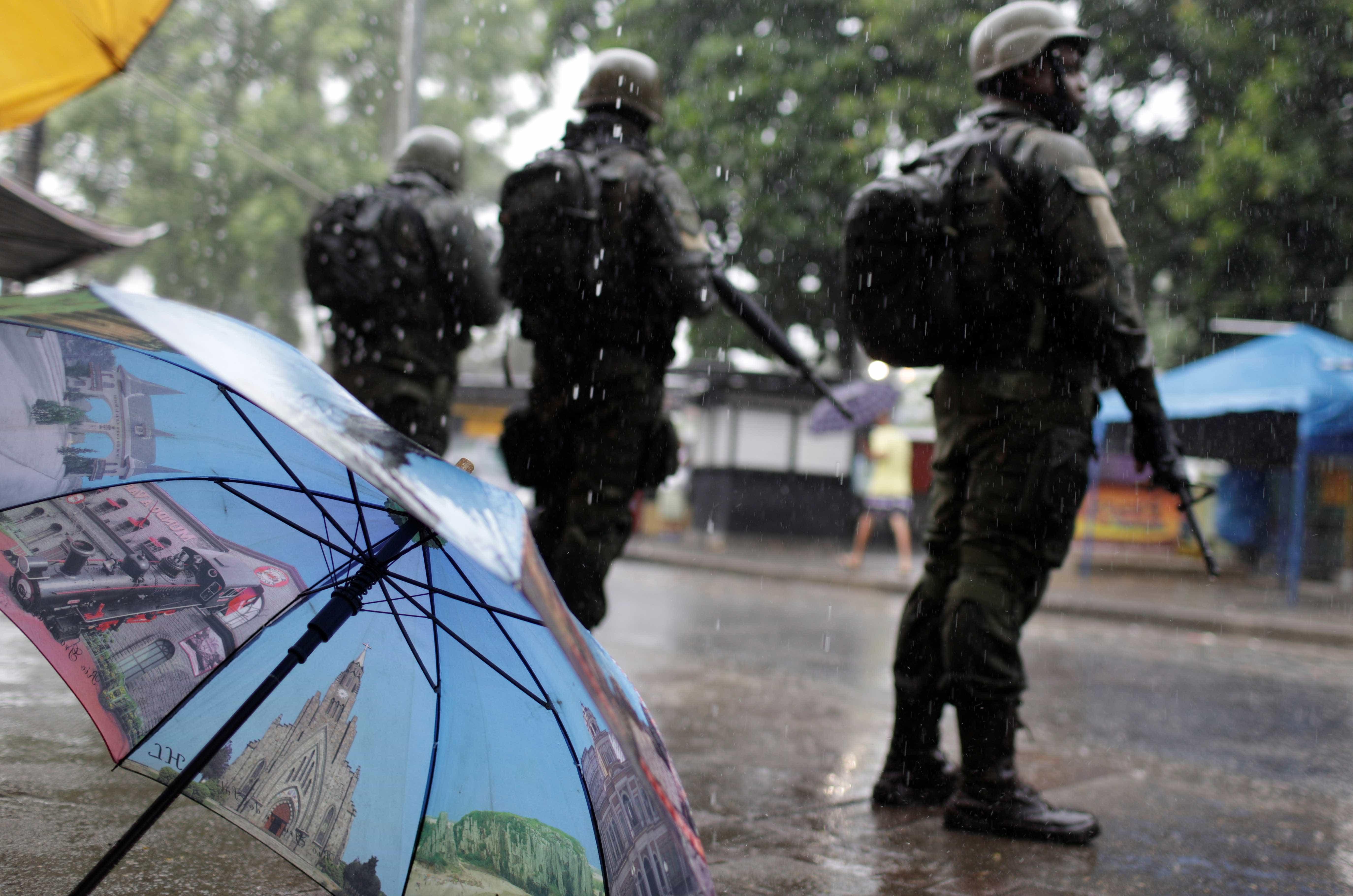 Vila Kennedy recebe nova operação de militares no Rio