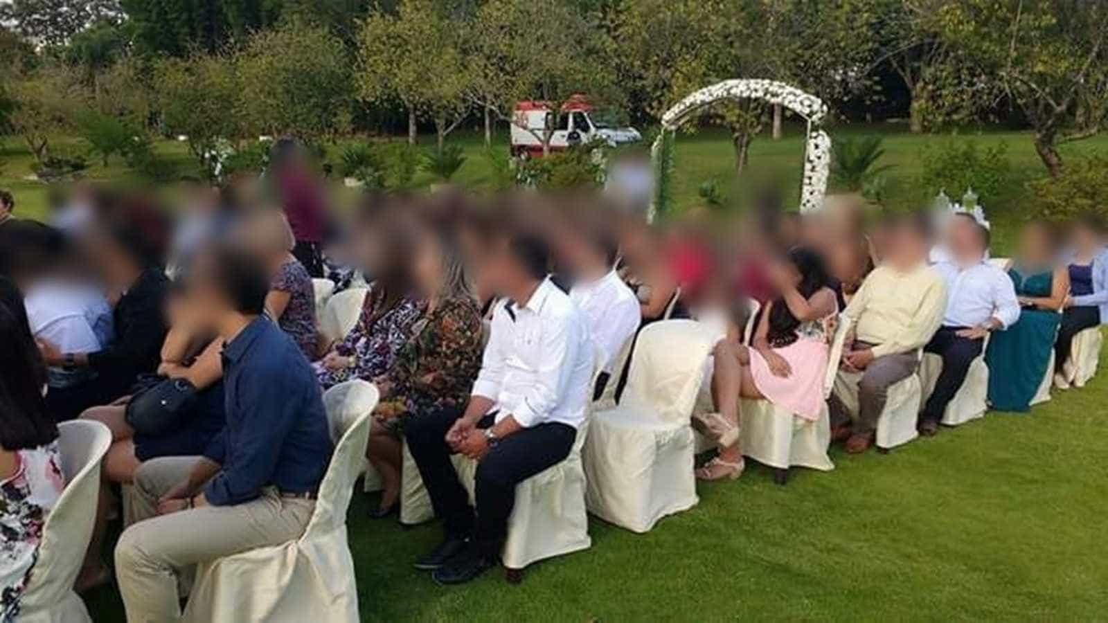 Samu demite médicos que foram a casamento de ambulância em SP