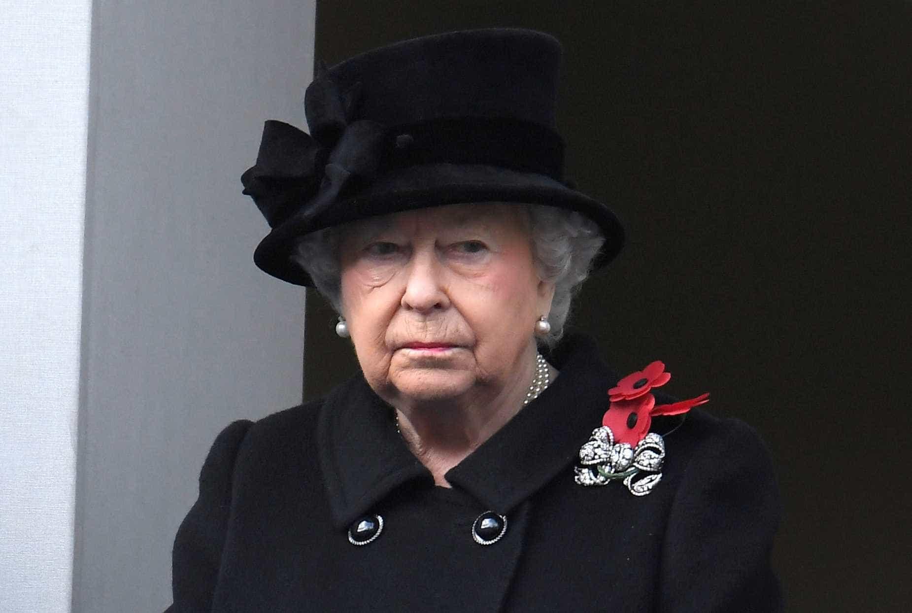 Documentos revelam que jovem tentou matar a rainha Elizabeth II