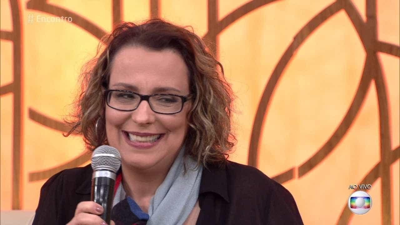Com esclerose múltipla, Ana Beatriz mergulha no trabalho: 'Me libertei'