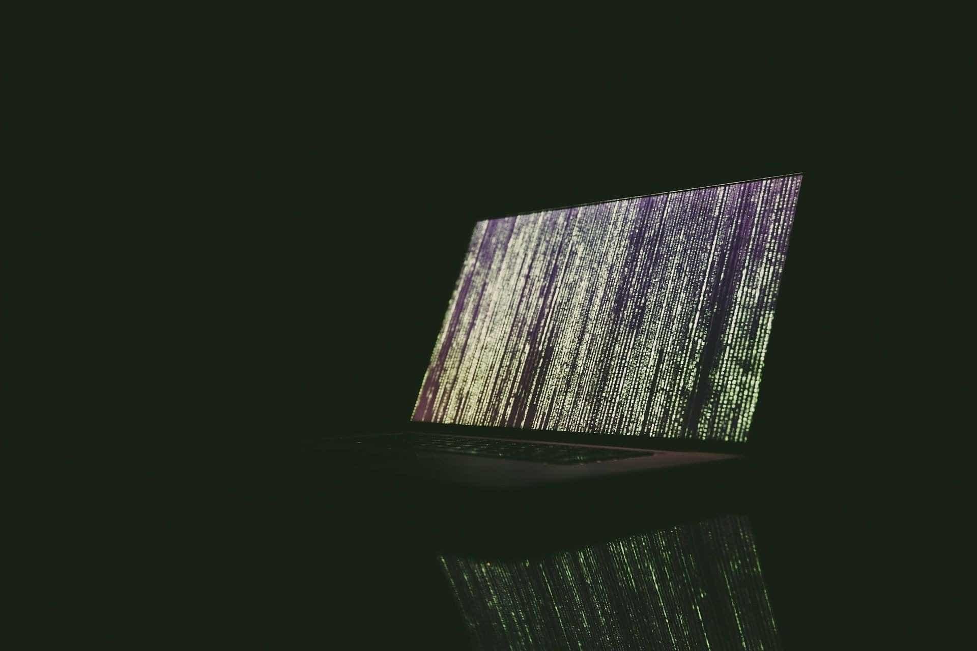 Vírus que 'sequestra' arquivos se espalha e assusta brasileiros