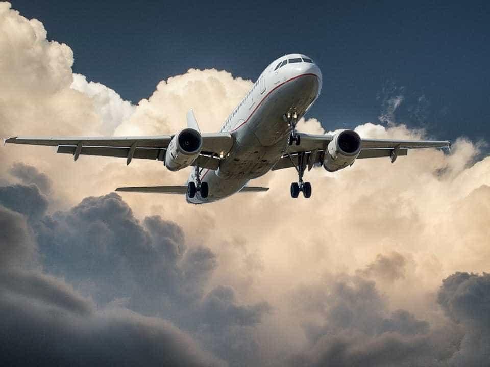 Avião da Turquia cai no sudoeste do Irã e mata 11