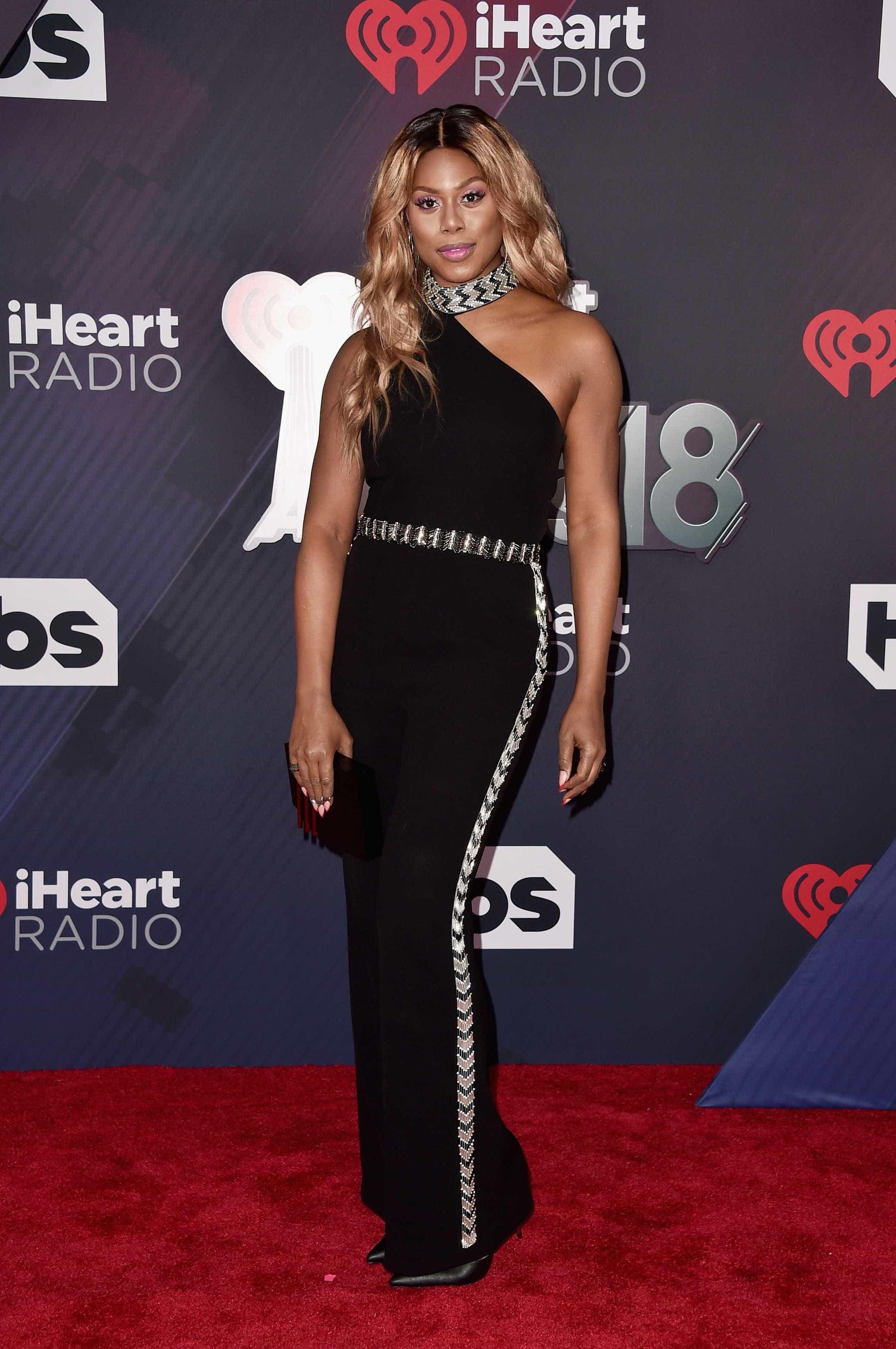 Veja as estrelas que brilharam no iHeartMusic Radio Awards