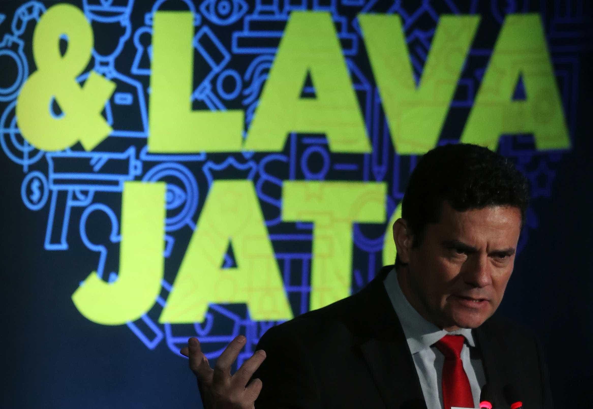 Lava Jato: Lula denuncia 'cooperação ilícita' entre Brasil e EUA