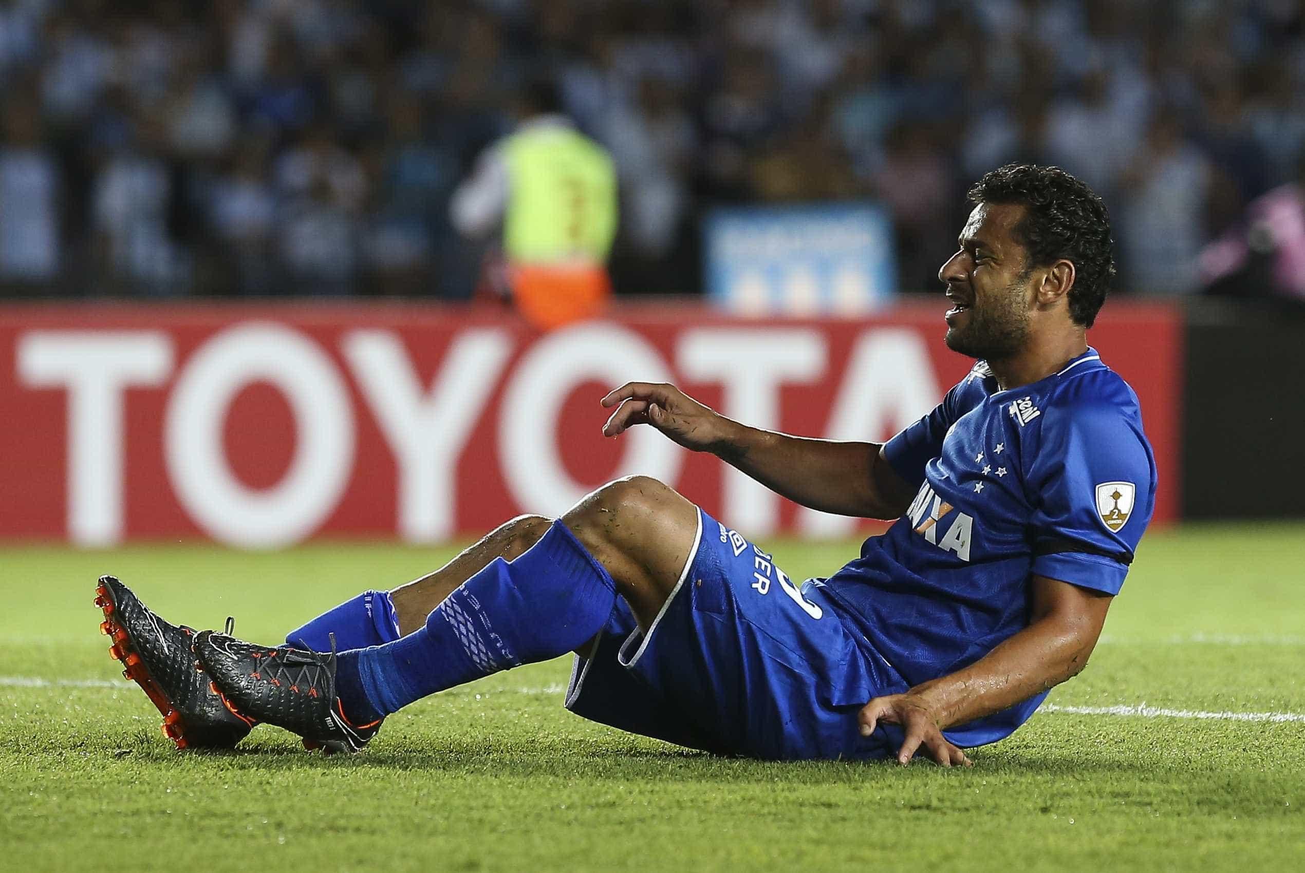 Lesionado, Fred inicia transição para preparação física no Cruzeiro