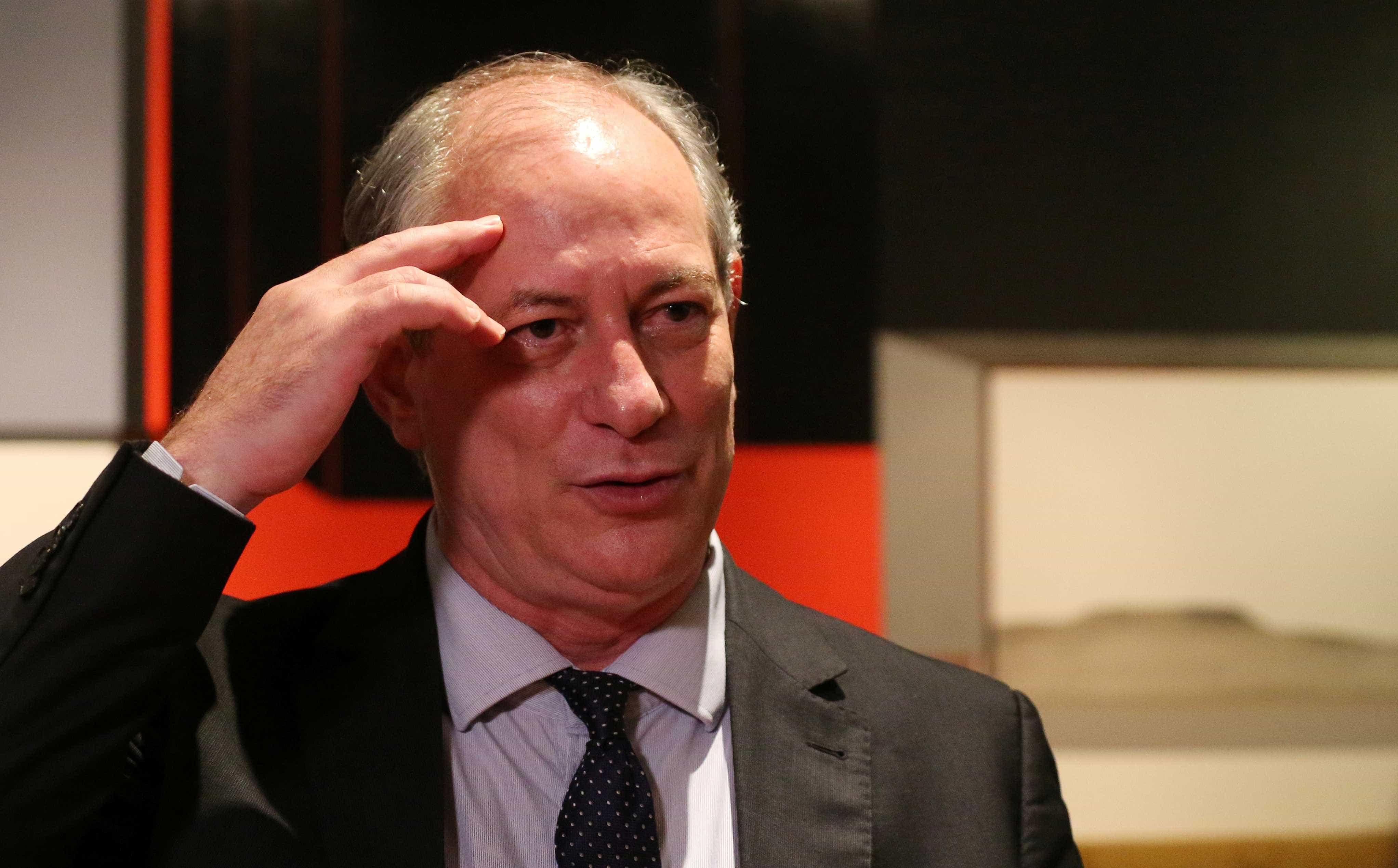 Para Ciro Gomes, é preciso esperar a consistência de Joaquim Barbosa