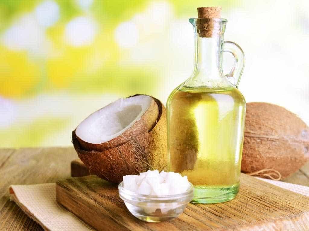 Óleo de coco: saiba quando o consumo pode ser nocivo à saúde