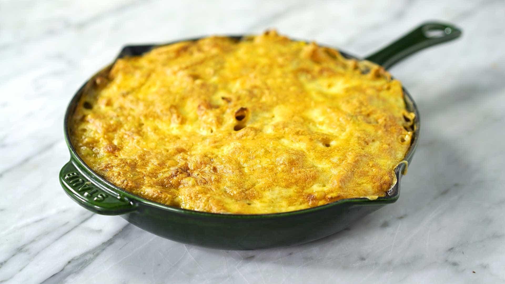 Prático: faça um macarrão fricassê gratinado