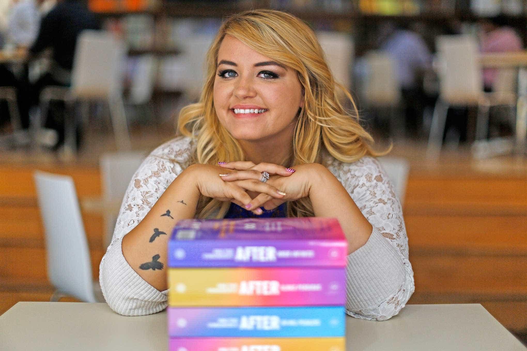 Anna Todd é confirmada a Bienal do Livro de São Paulo