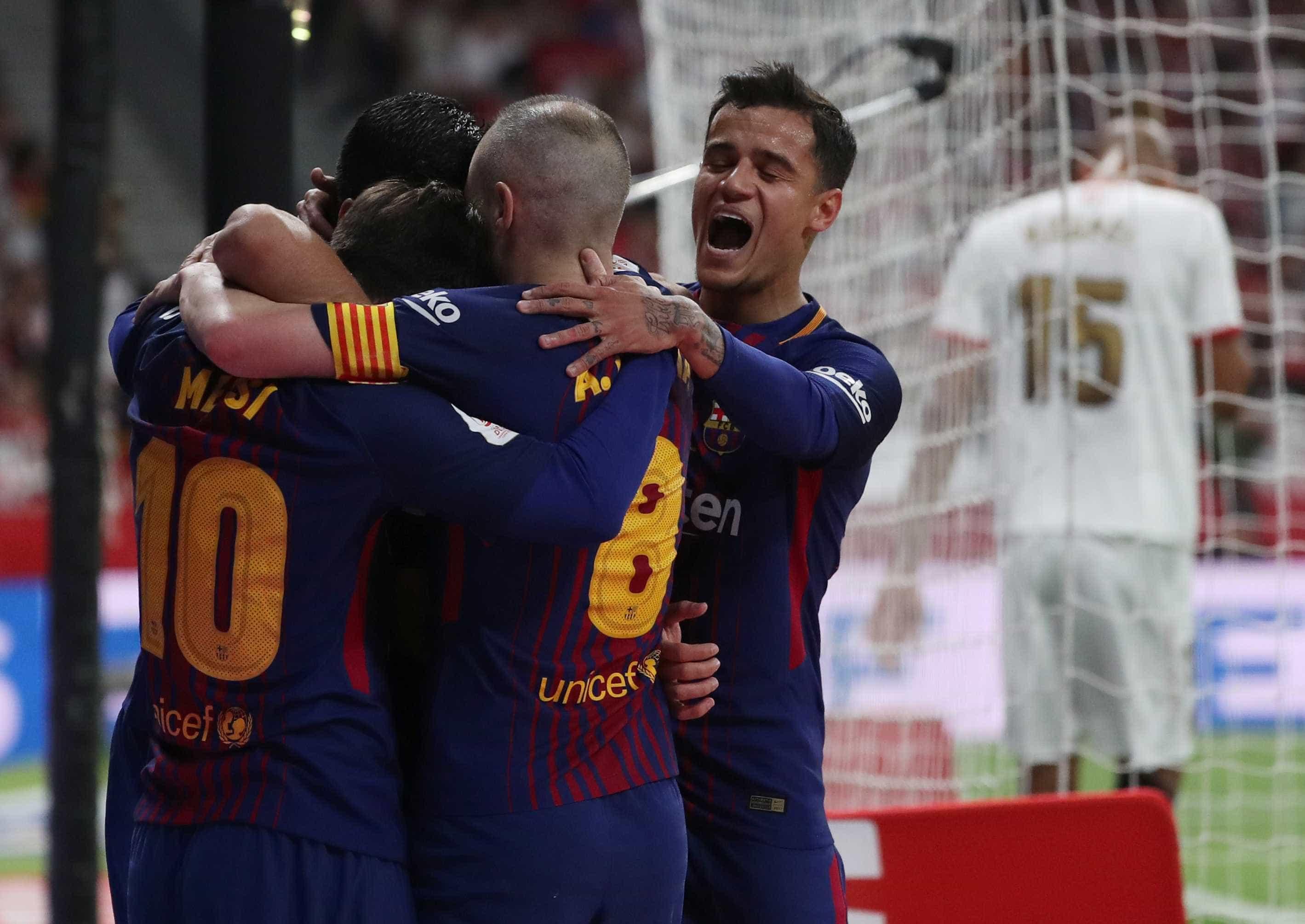 Com gol de Coutinho, Barça massacra Sevilla e conquista Copa do Rei