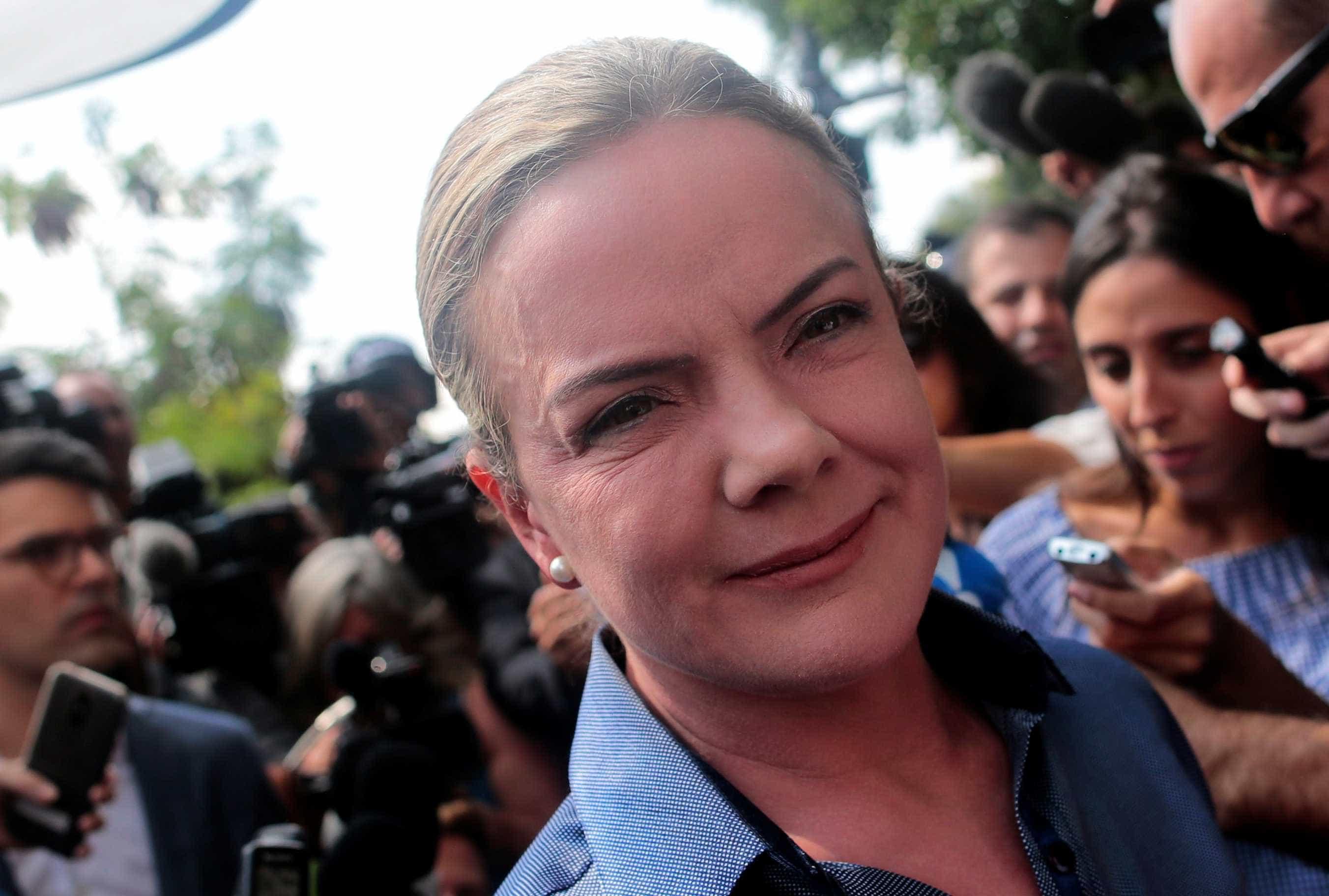PT prepara projeto contra salário mínimo decretado por Bolsonaro