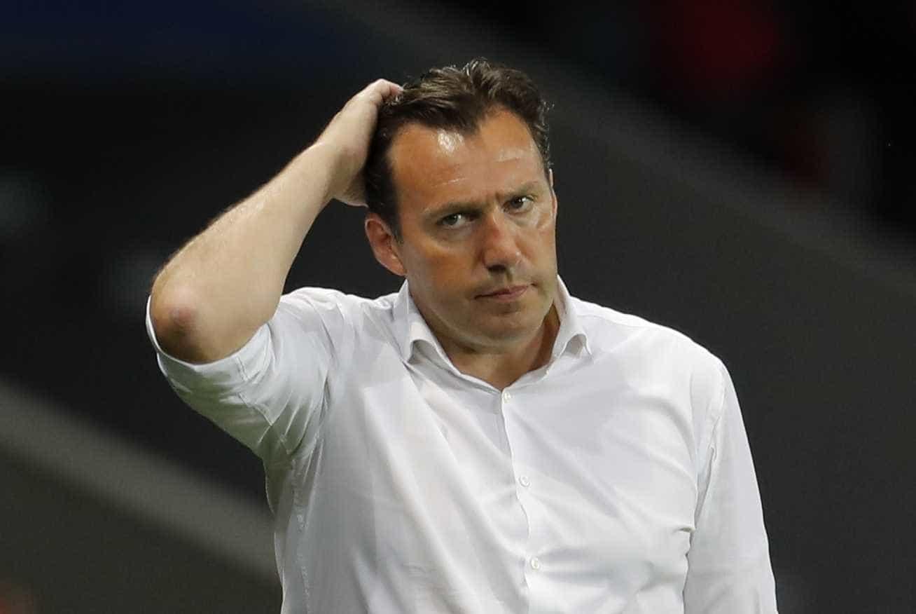 Ex-técnico da Bélgica acusa jogador da seleção de 'vender' informações