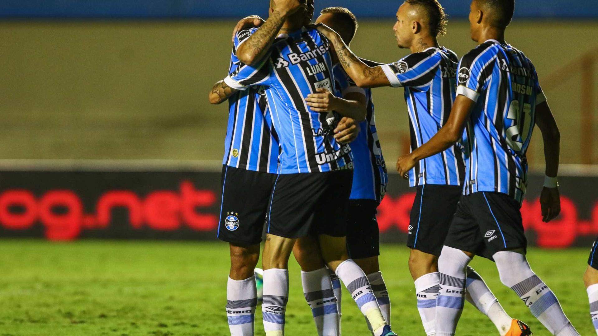 Grêmio faz 2 a 0 no Goiás e encaminha vaga na Copa do Brasil 282c58f069b08