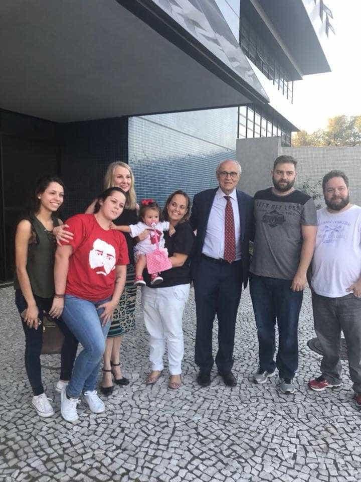 Lula diz que verdade vencerá, mas não tem ilusões, relata filha
