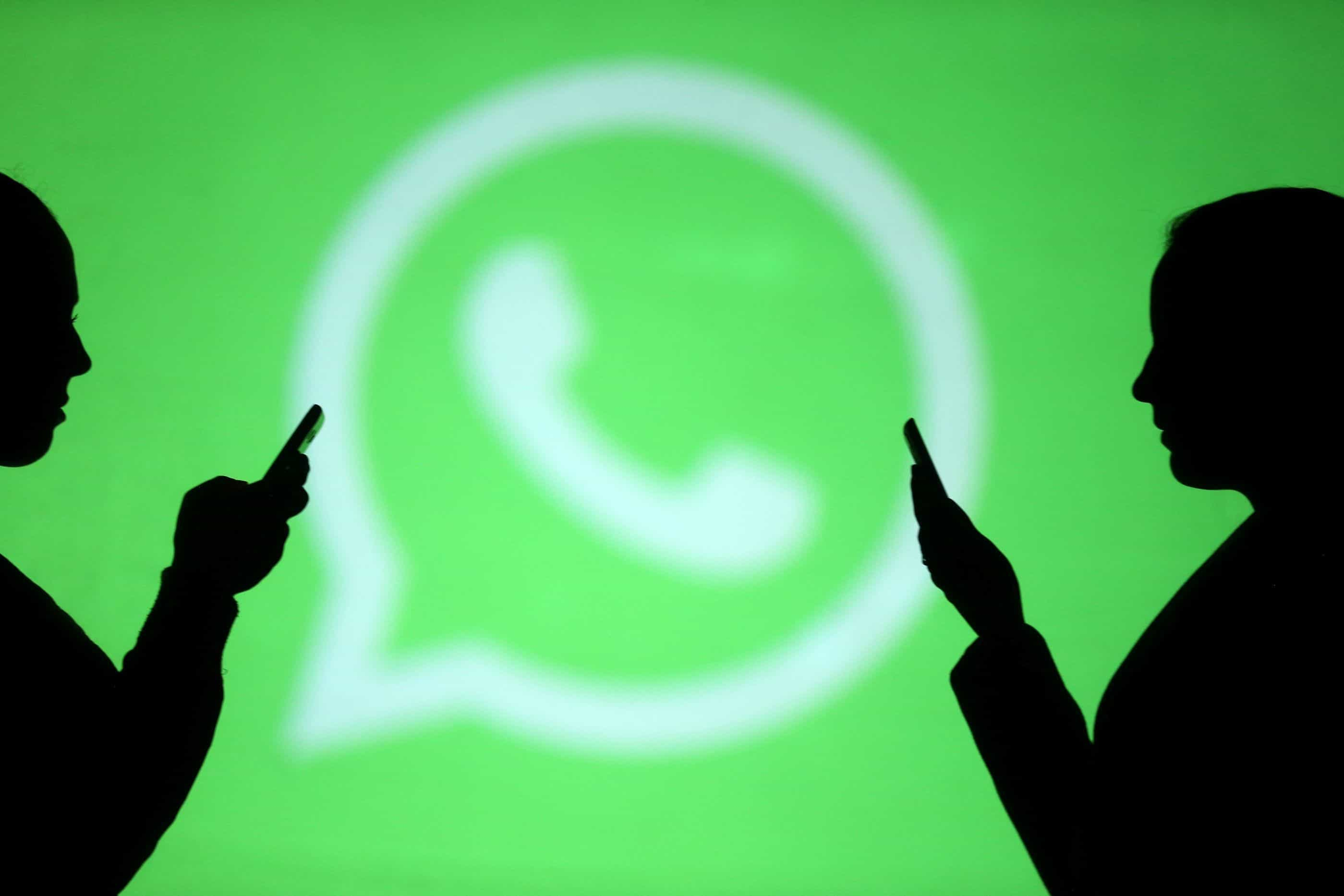 Universitários denunciam incitação de estupro em grupo de WhatsApp