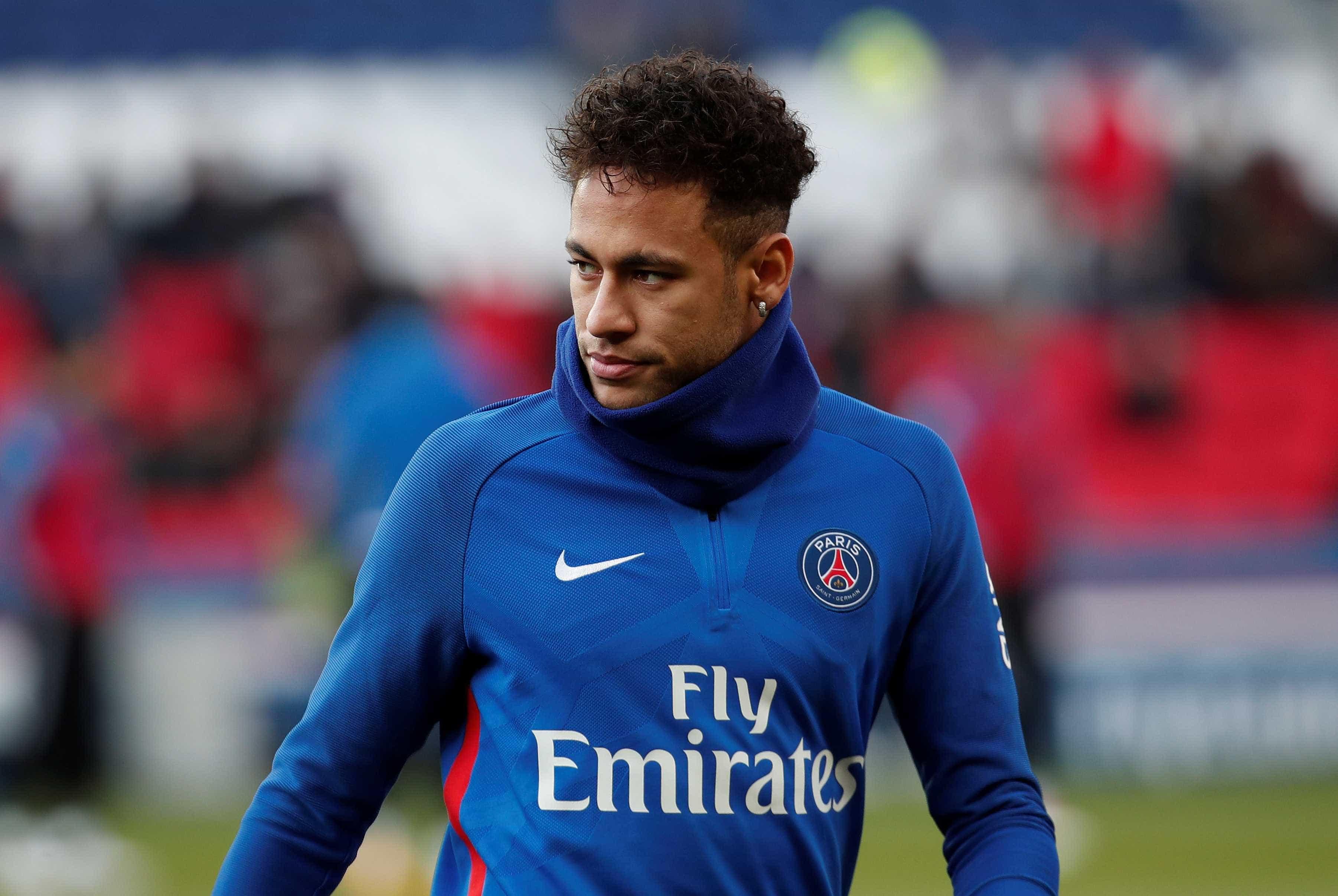 Neymar escreve carta para torcedora de 13 anos morta na França