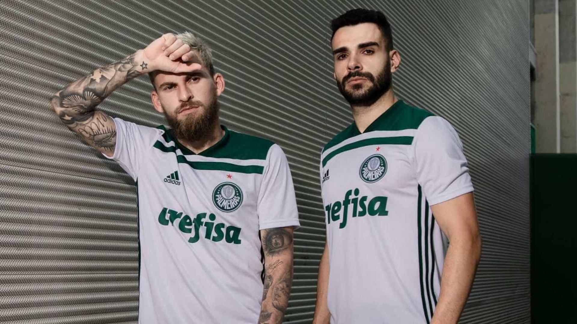 fd48926053 Palmeiras apresenta novo 2º uniforme para o restante da temporada 2018