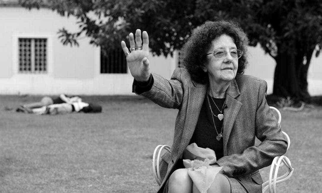 Poeta conta que sofreu censura com luta feminista em Portugal