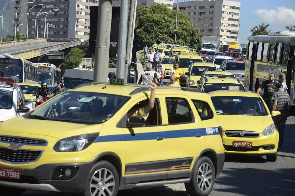 Rio: presos 10 taxistas por violência contra motoristas de aplicativos