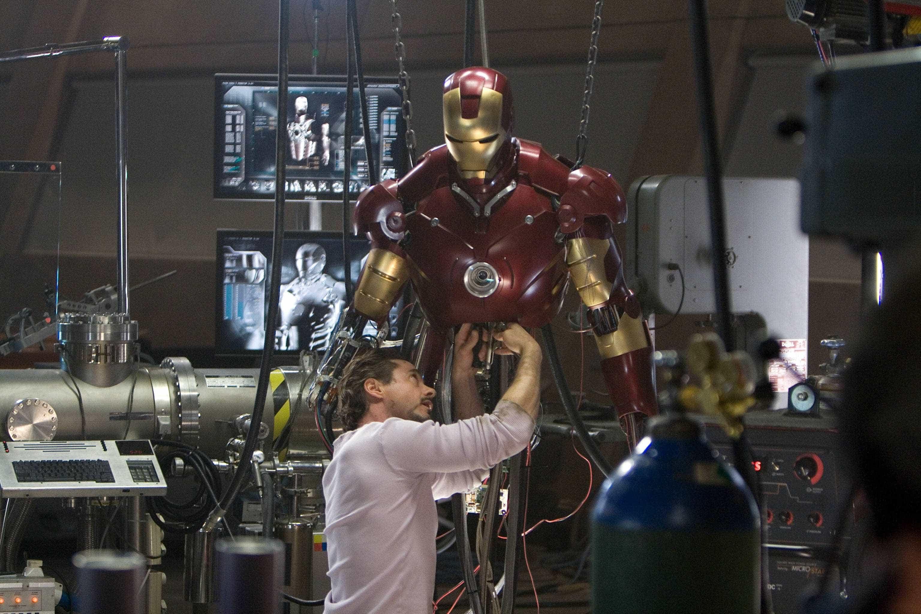 Traje de 'Homem de Ferro' é roubado de depósito