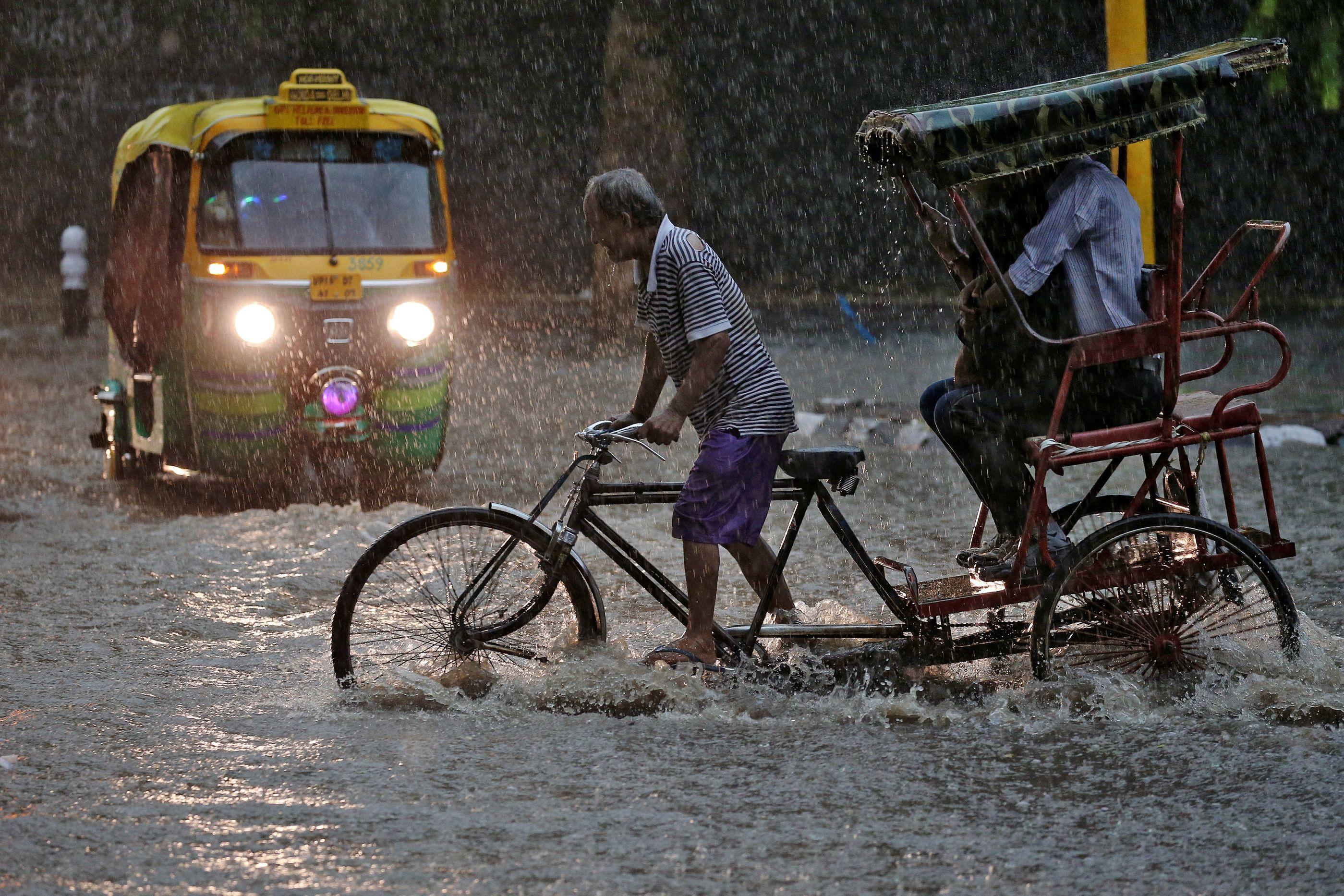 Sobe para nove o número de mortos por inundações na Índia