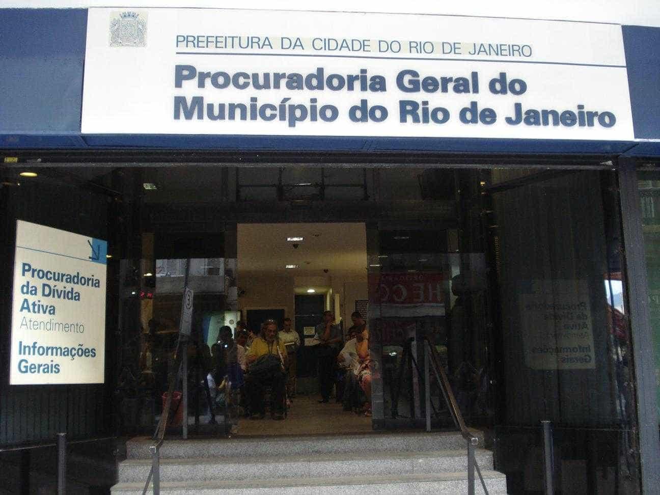 Procuradoria do Rio denuncia ex-executivos de Manguinhos por fraude