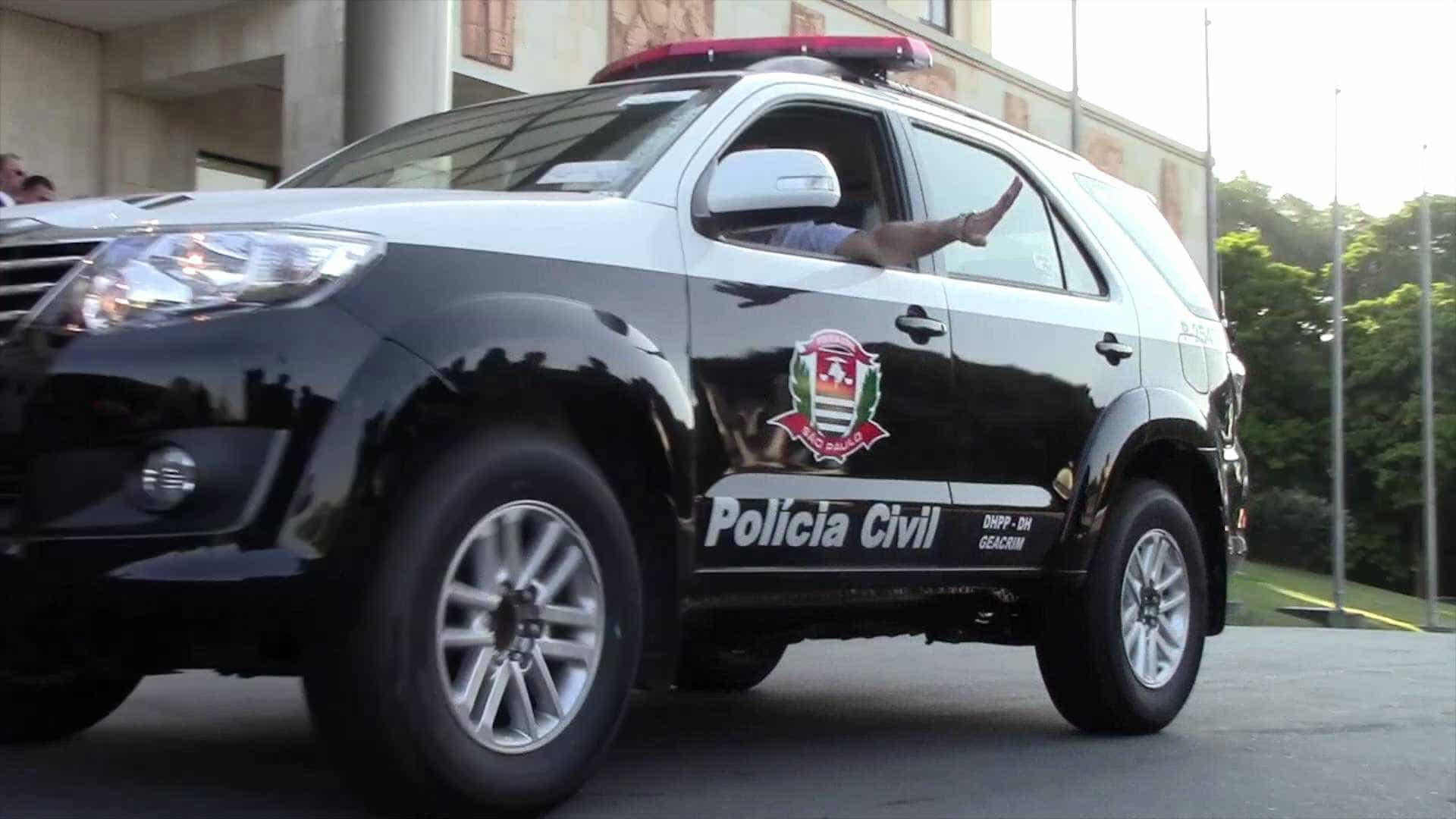 Polícia apura sumiço de 600 kg de droga trocados por cal e madeira