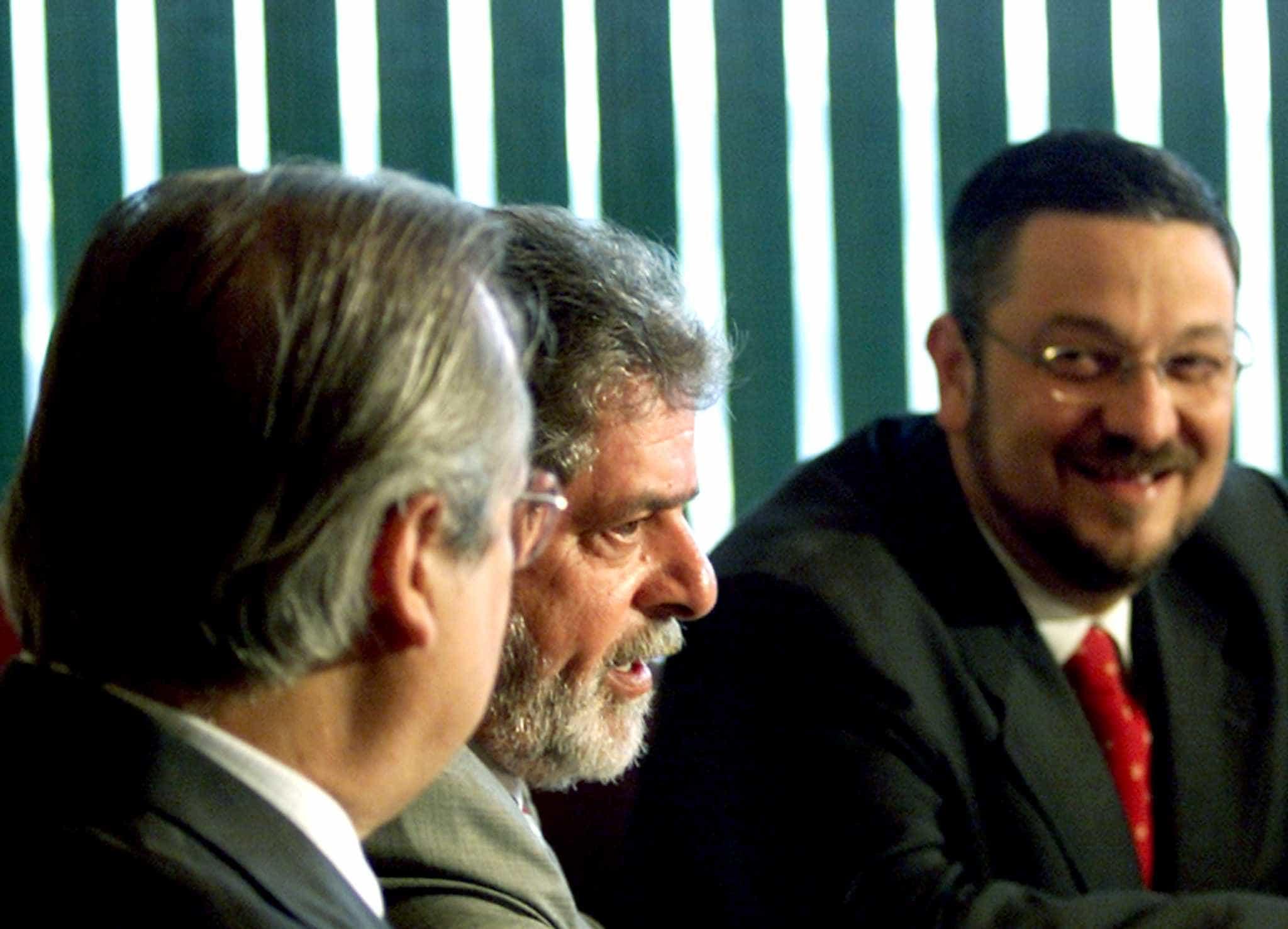 Com Dirceu, núcleo do primeiro governo petista está preso