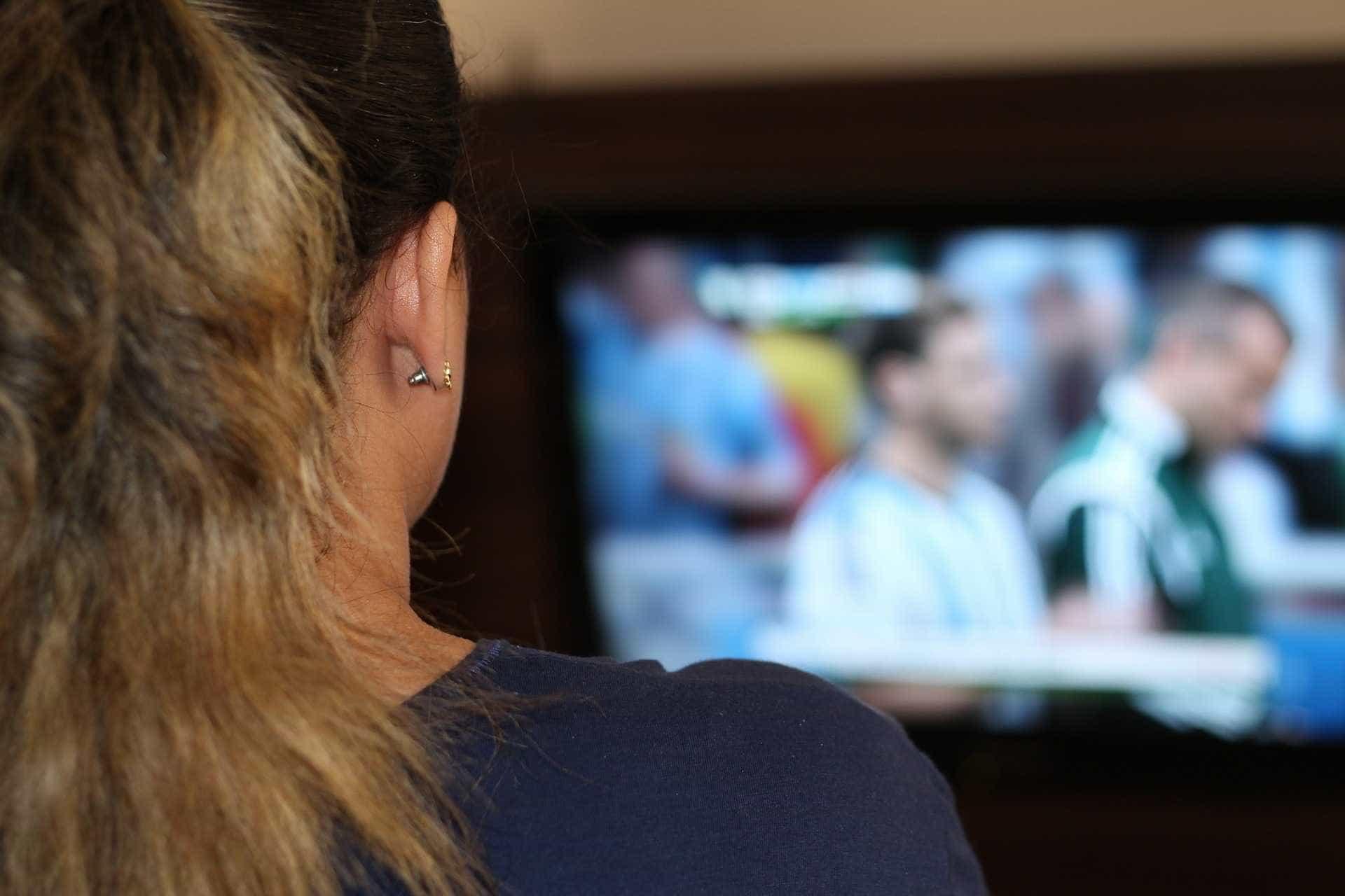 Greve derruba venda de TVs para a Copa