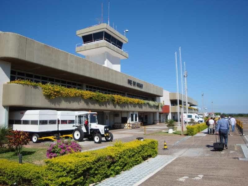 Aeroportos de Foz do Iguaçu e Cascavel receberão investimento