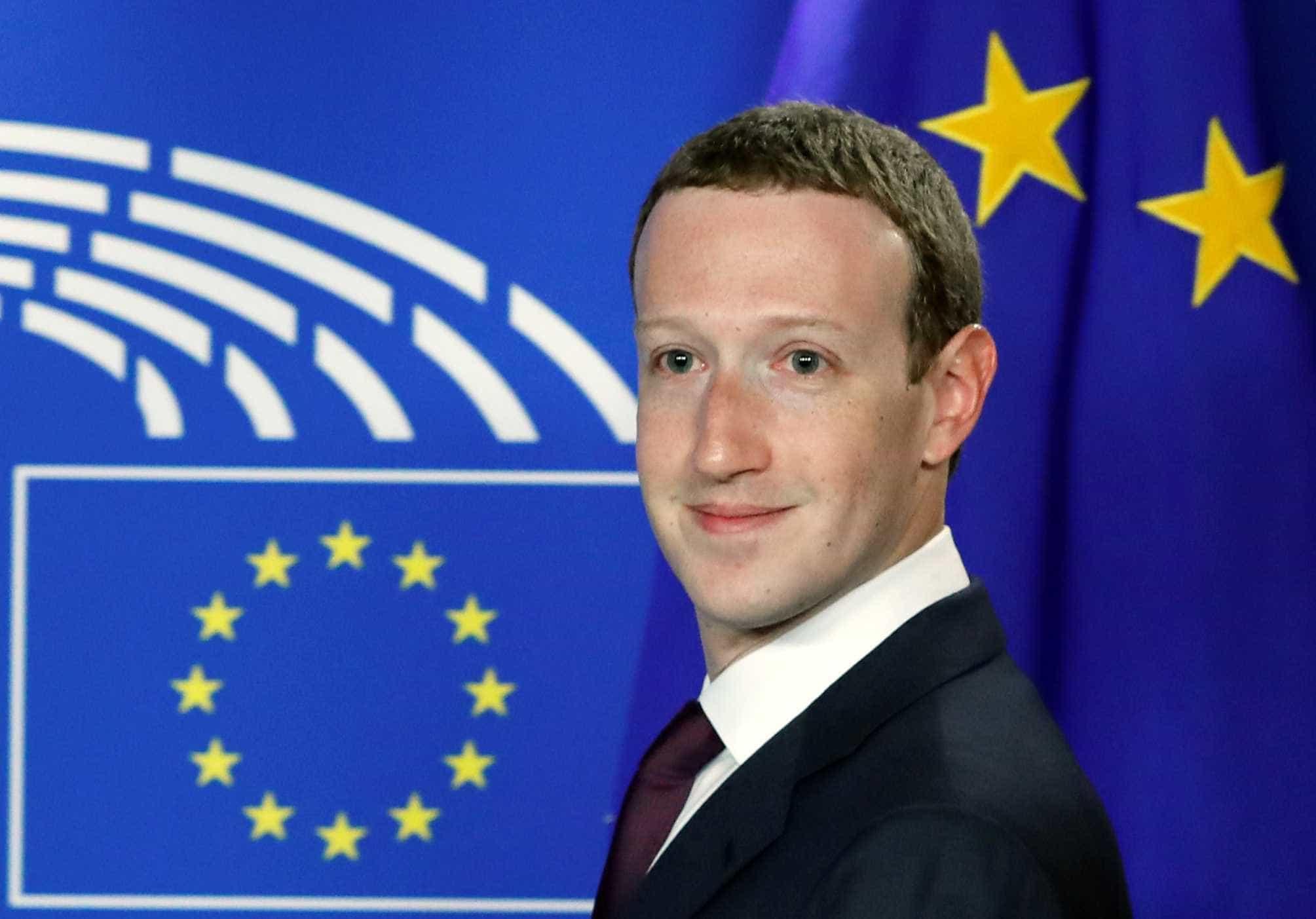 Mark Zuckerberg pede perdão diante do Parlamento Europeu
