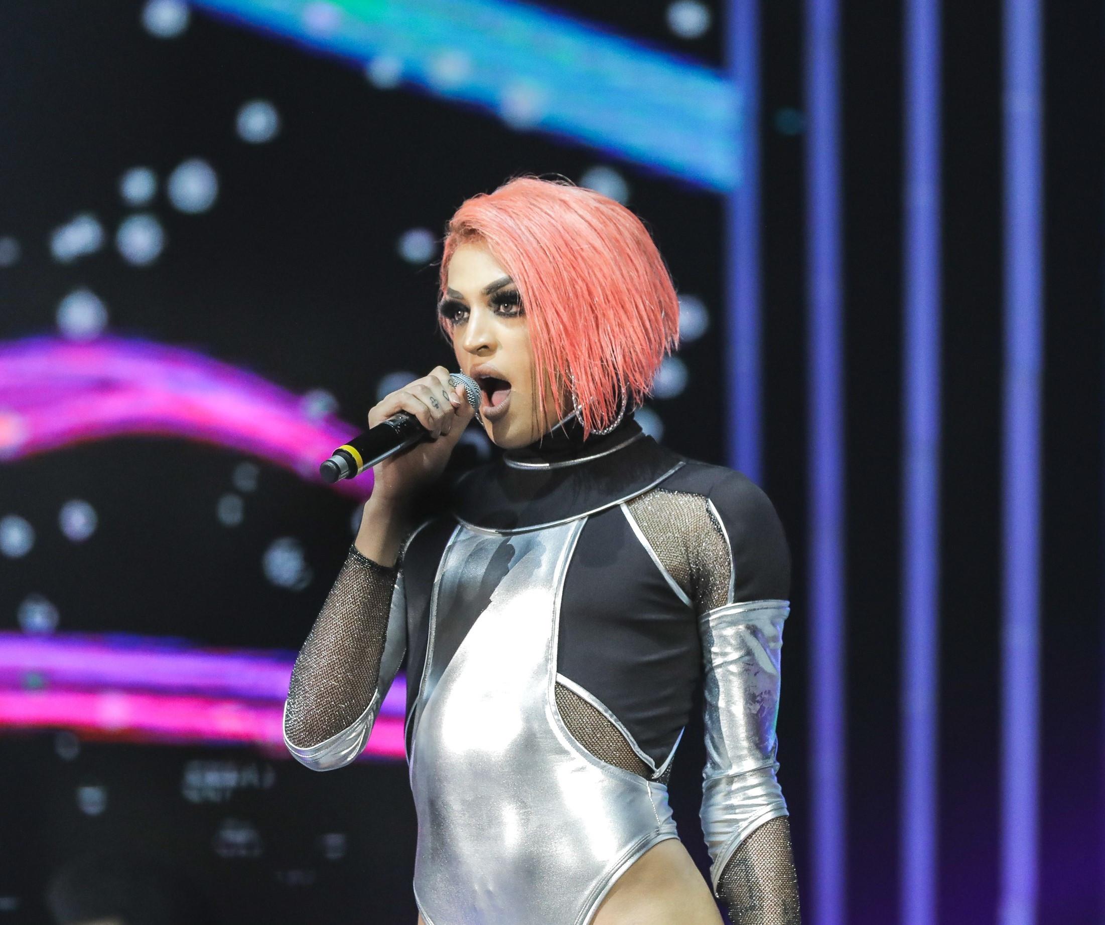 LGBTQ: as drag queens que brilham no mundo da música