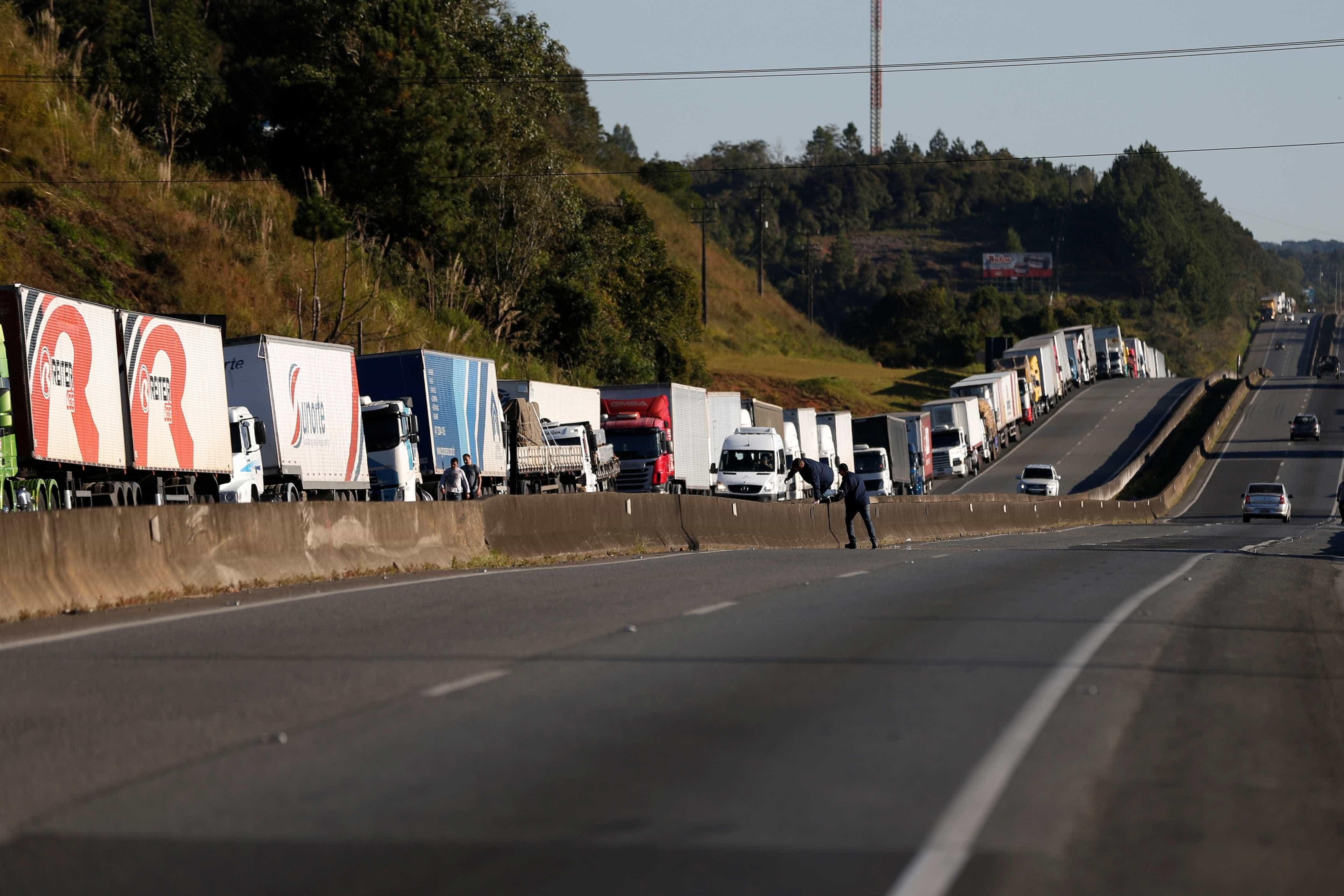 Multas cobradas a transportadoras já passam de R$ 840 milhões