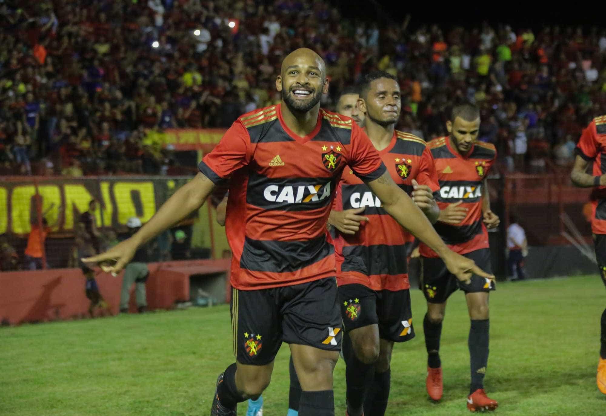 Sem vencer há dois meses, Fluminense visita o Sport neste domingo