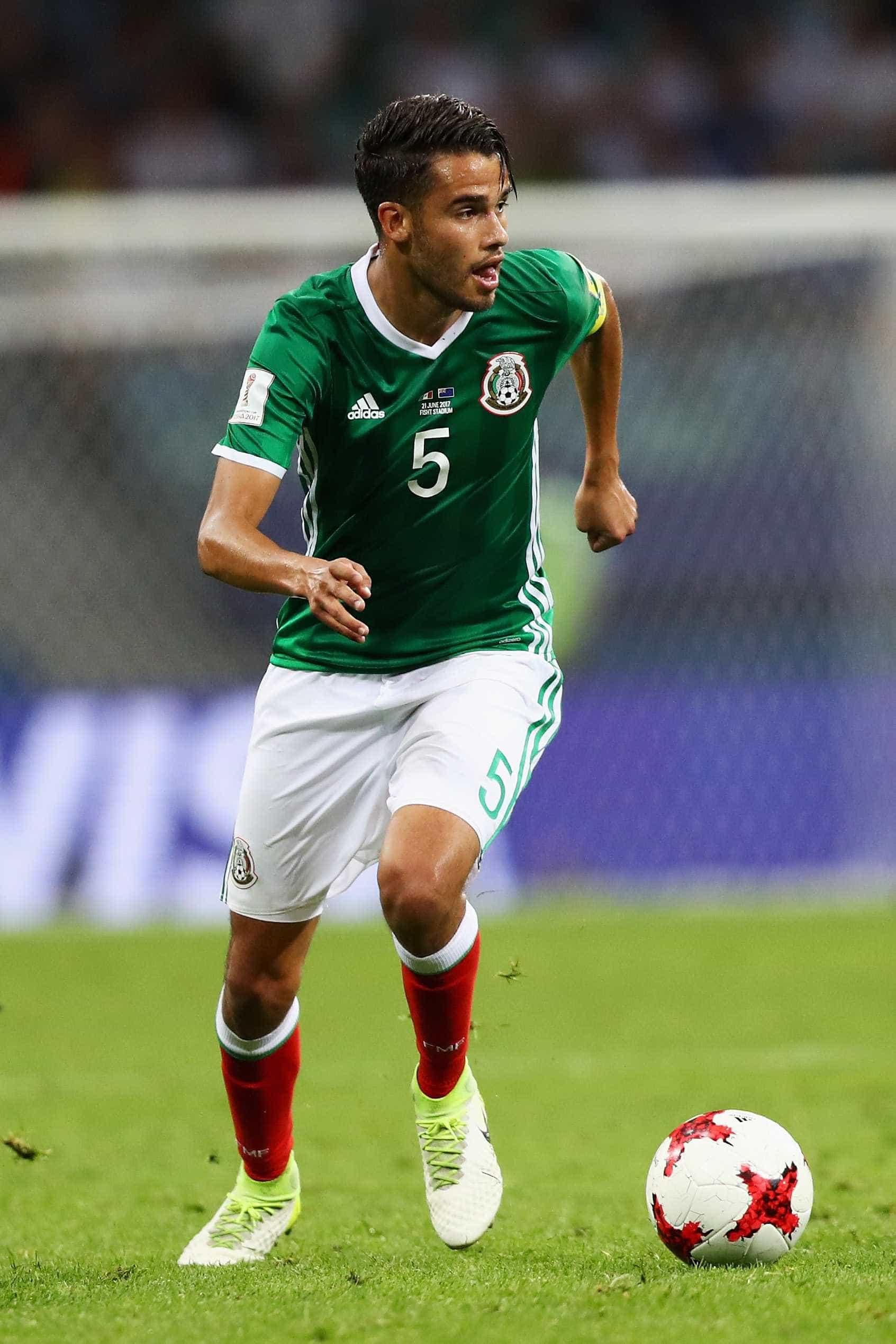 Zagueiro do México é cortado da Copa do Mundo