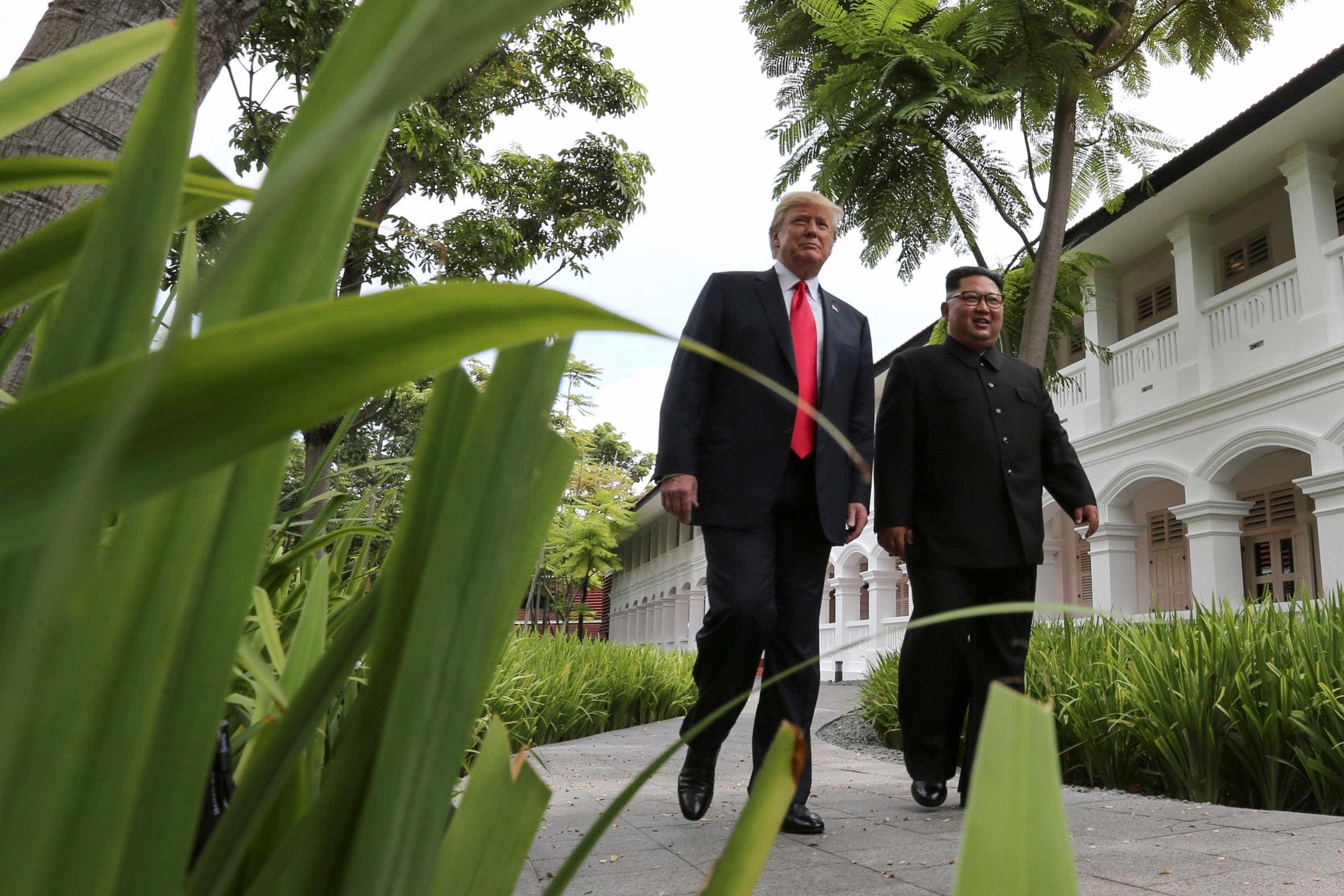 Trump exibe vídeo com trens e prédios para atrair Coreia do Norte