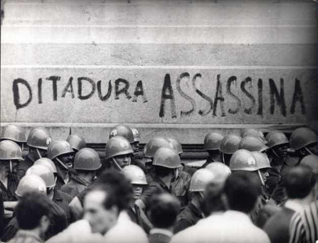 Médico terá de responder na Justiça por crimes da ditadura militar