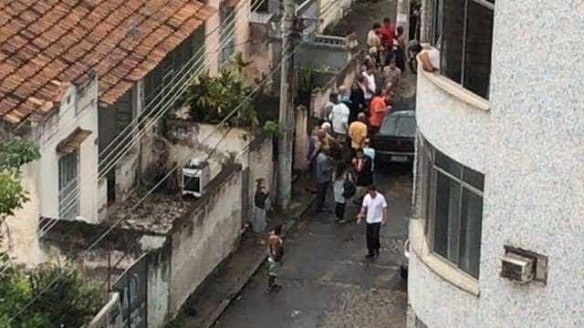PM tenta evitar roubo de carga e é baleado no Rio