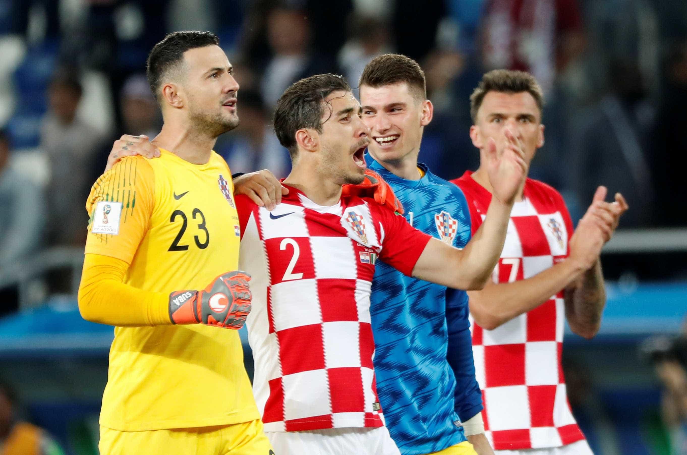 Croácia confirma favoritismo, derrota a Nigéria e lidera Grupo D