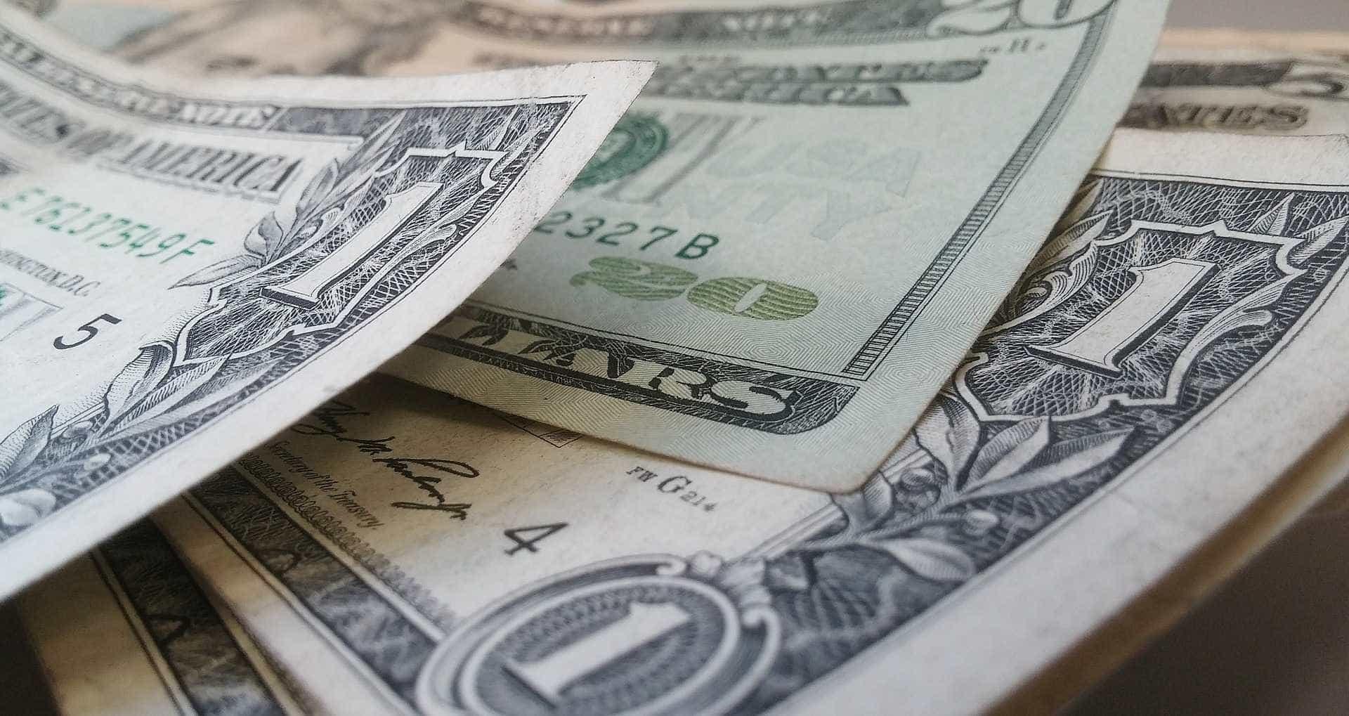 Dólar abre a R$ 4,19 e Bolsa de Valores opera em alta