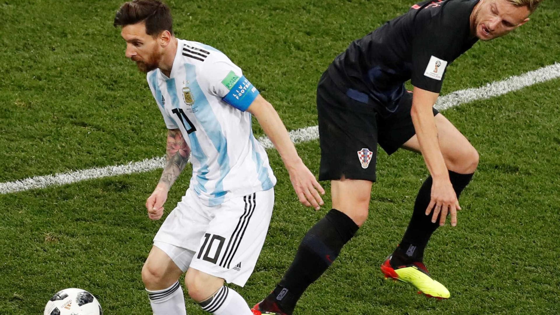 Meia croata esteve em campo na goleada por 3 a 0 da Croácia sobre a  Argentina 657fec4a08784