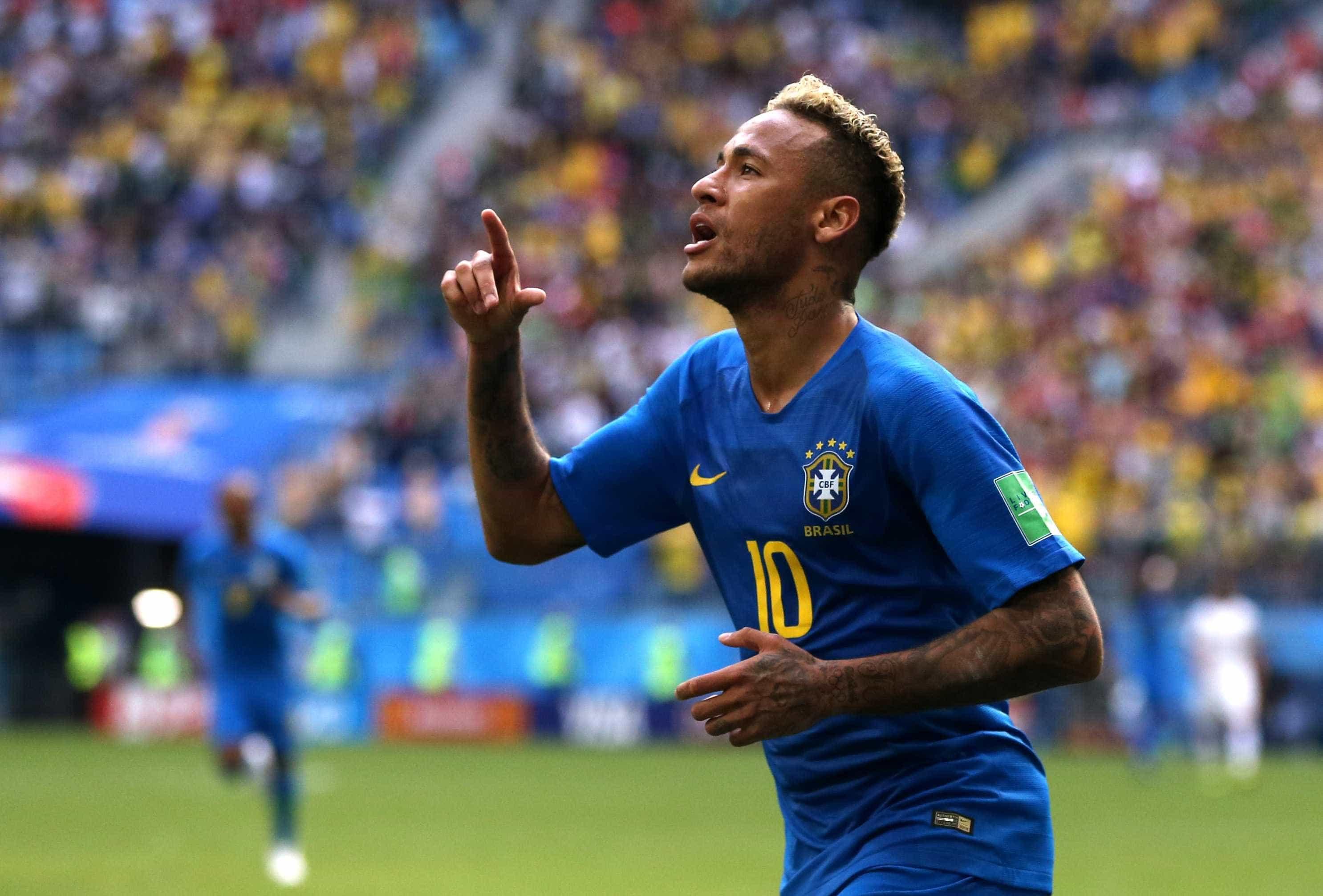 Brasil vence a Costa Rica com milagre de Coutinho e lágrimas de Neymar