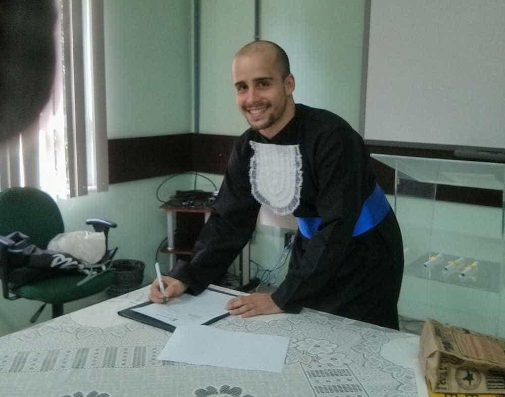 Brasileiro internado na Rússia tem alta e retorna para Fortaleza