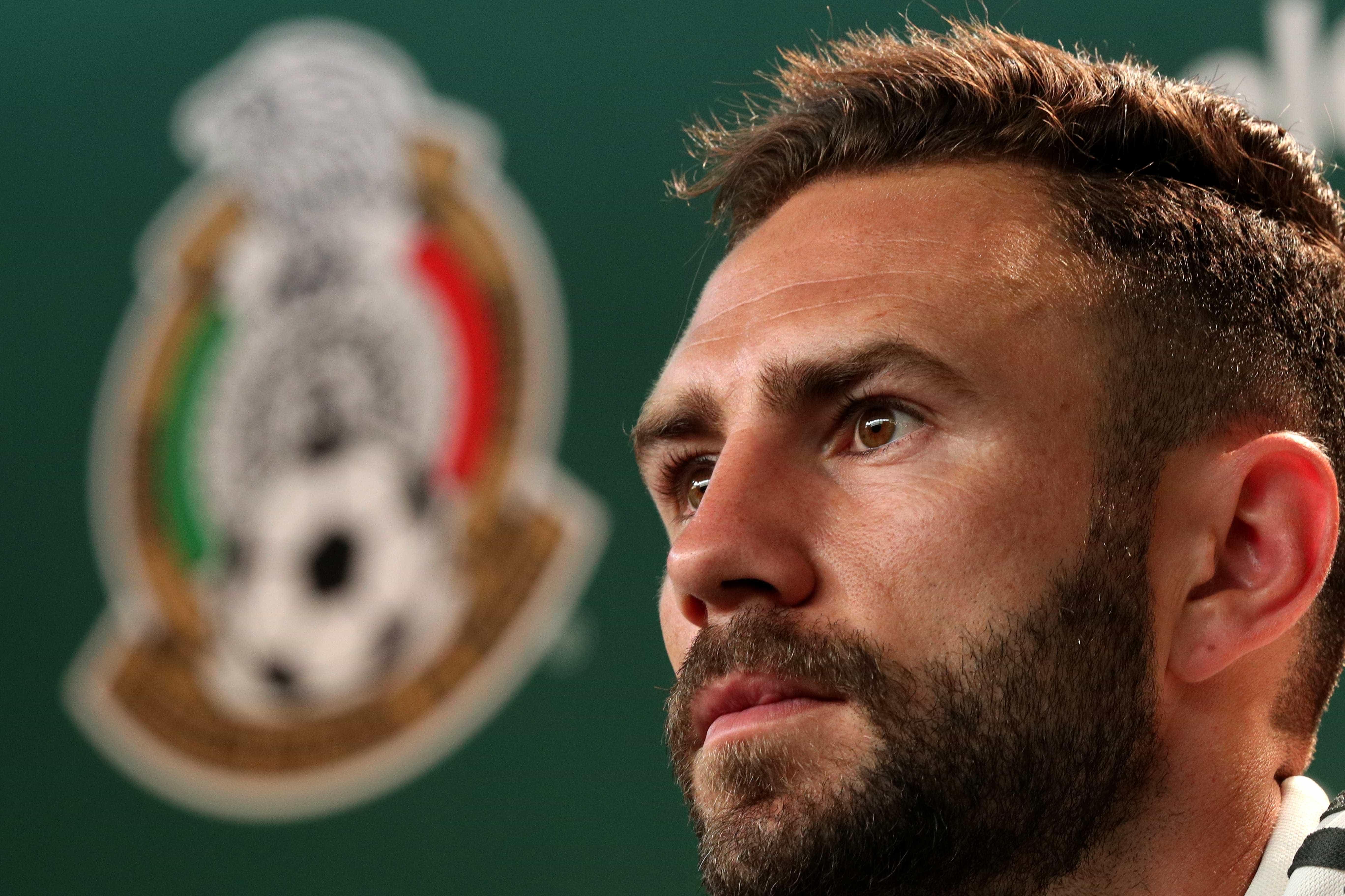 Mexicano que protagonizou 'pisão' em Neymar fecha com time espanhol