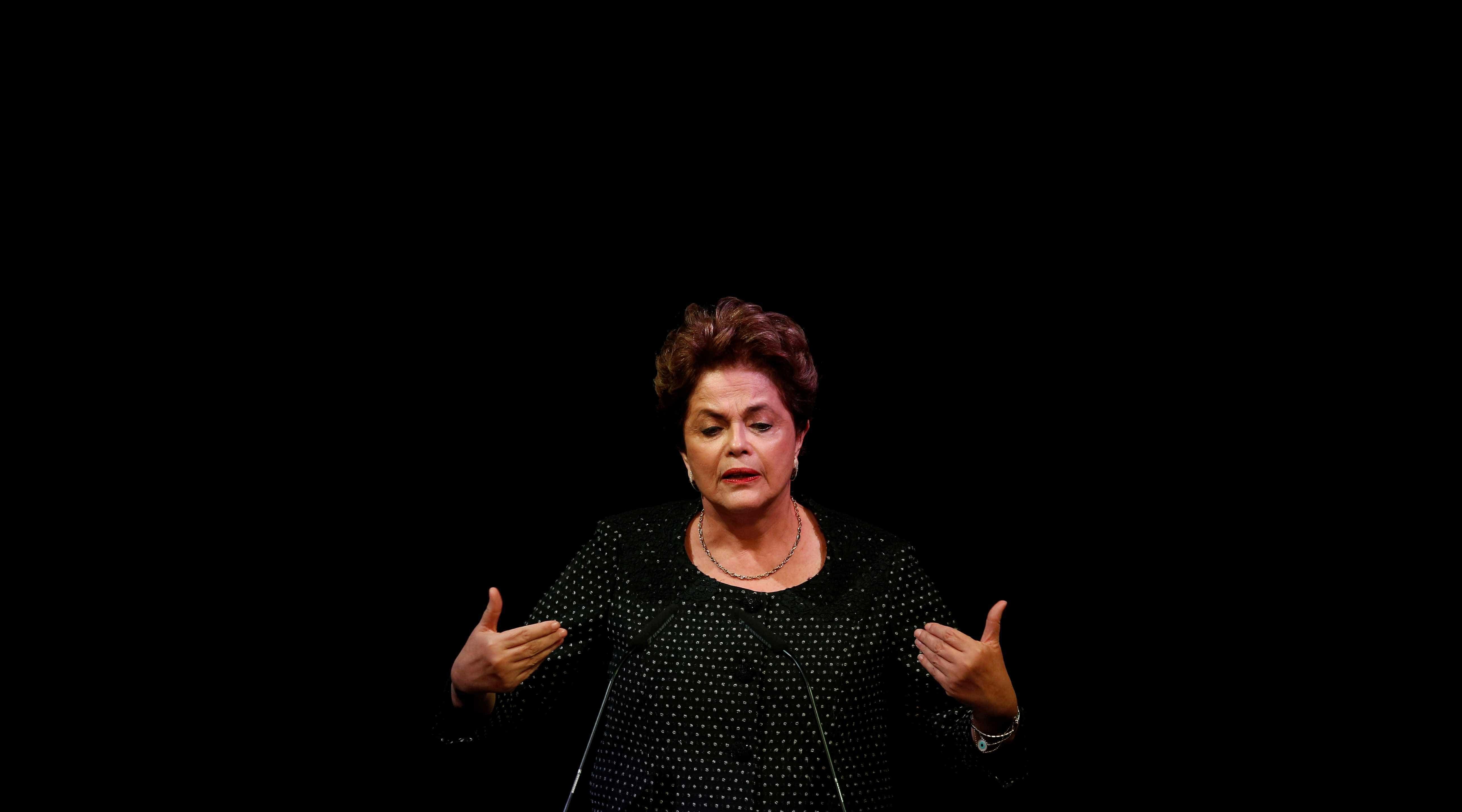 Dilma confirma pré-candidatura ao Senado: 'Não vou me furtar da luta'