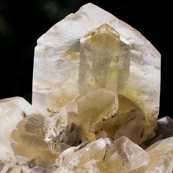 Saiba como usar os cristais para cura espiritual e física