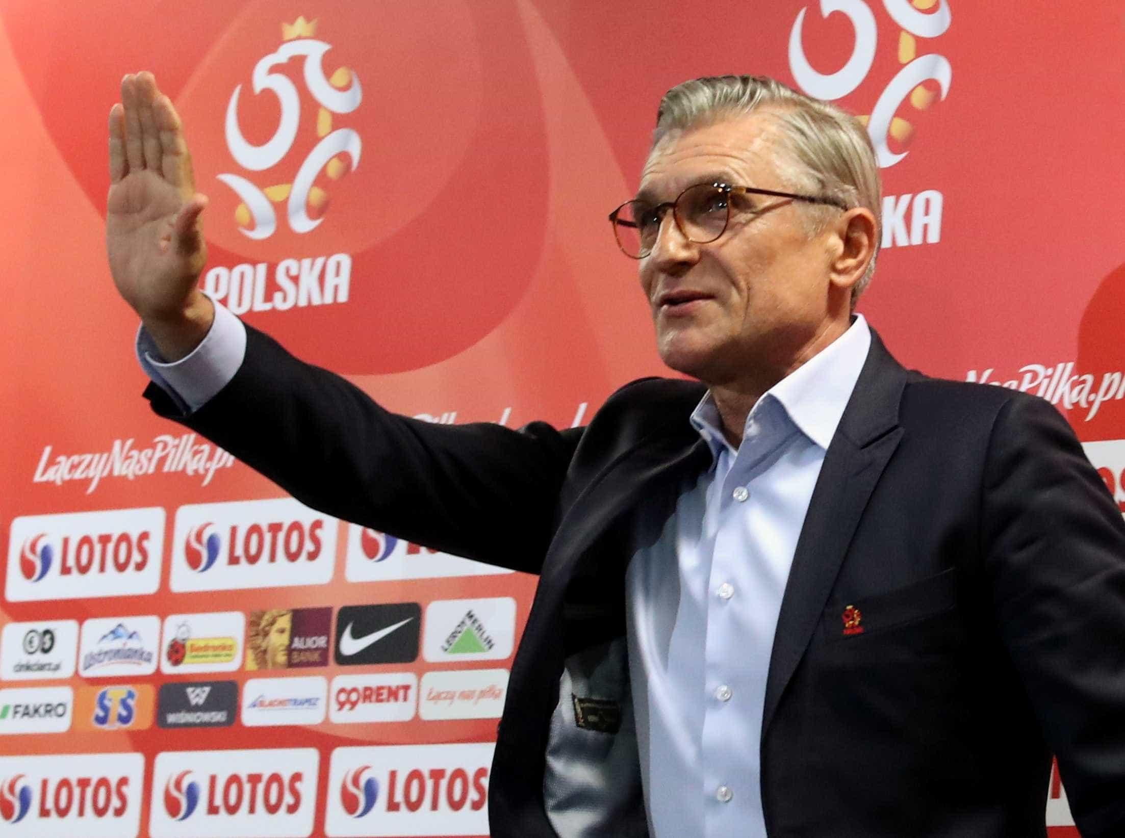 Polônia demite treinador após campanha ruim na Copa da Rússia