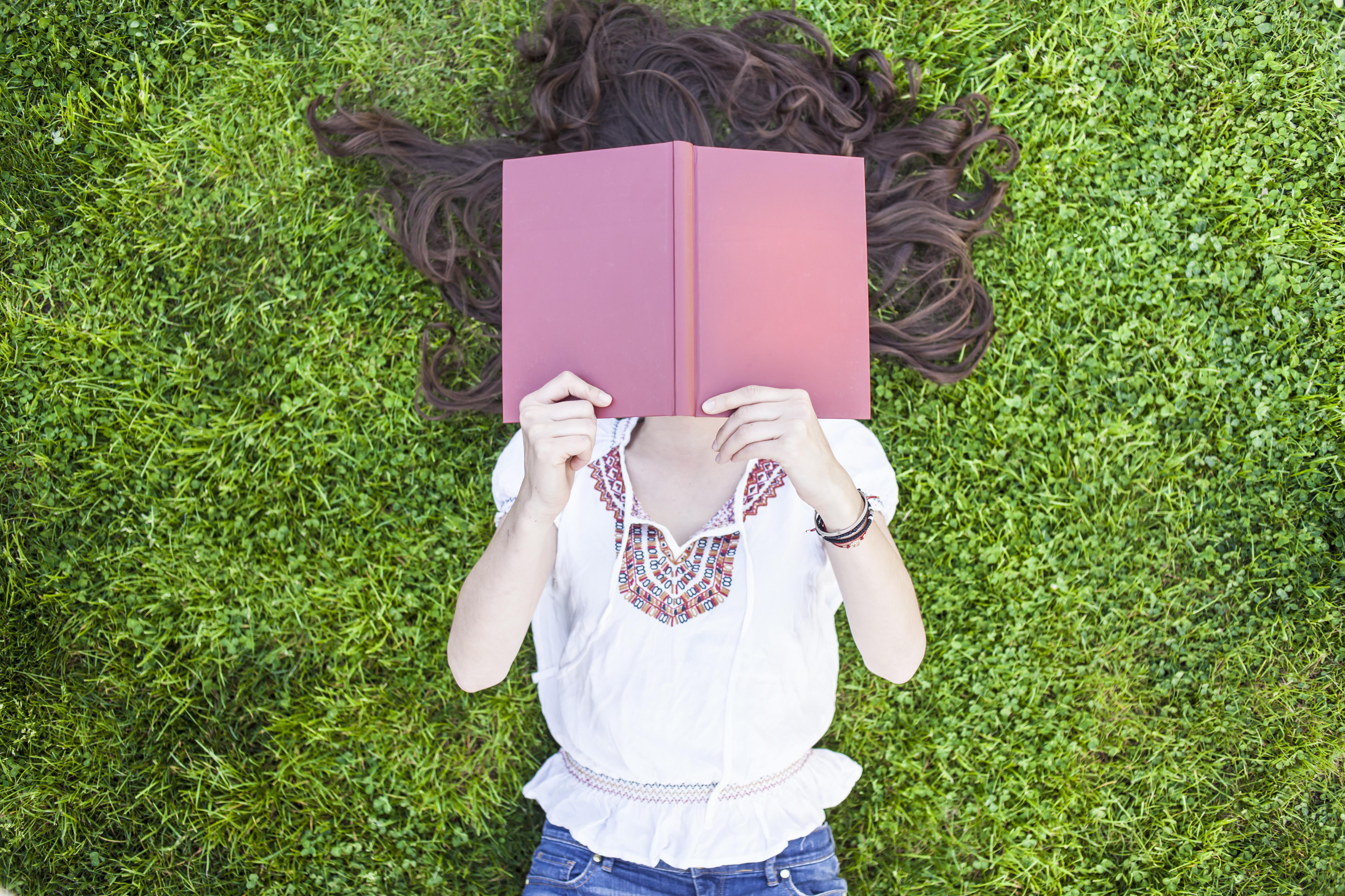 Livros: saiba o que os famosos recomendam para ler