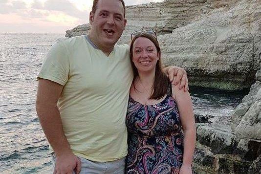 Mulher perde marido durante lua de mel em Cabo Verde